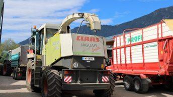 """Der """"Jaguar 850"""" wird zur Mais- und Heuernte eingesetzt. (Foto: Knut Kuckel)"""