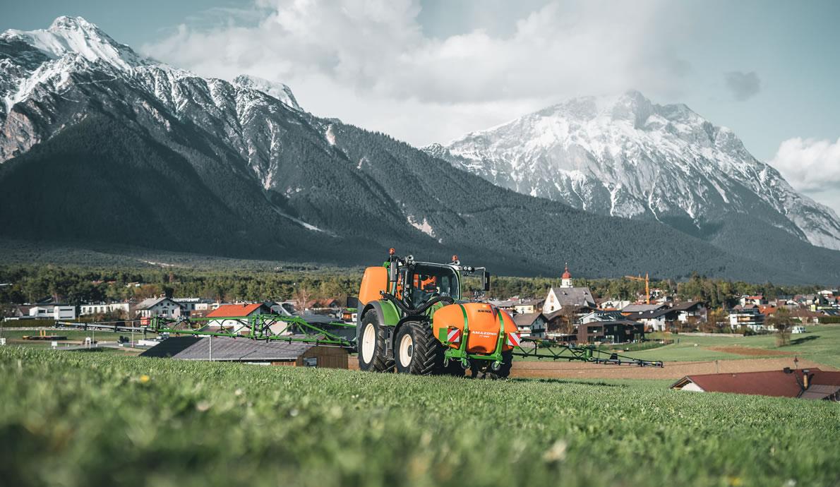 Landtechnik vom Lagerhaus Mieming (Foto: Forstwirtschaft Zimmermann, Wildemieming)