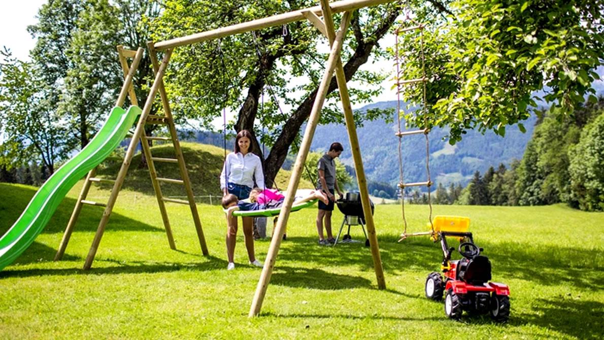 Freizeit im Garten in vollen Zügen genießen - das Lagerhaus am Mieminger Plateau hilft Ihnen dabei.