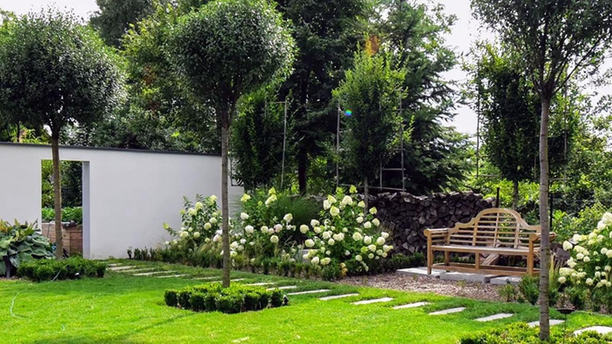 Ob für Haus oder Garten – die Ihr Lagerhaus am Mieminger Plateau bietet professionelle Geräte an. (Foto: Adobe Stock)